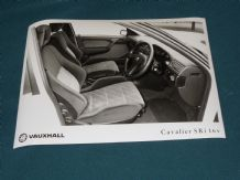 "VAUXHALL CAVALIER SRi 16v (interior) factory issued 8x6"" press photo"